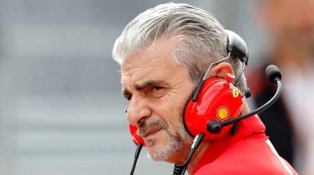 フェラーリのタイヤ選択ミスについて怒りを見せるアリバベーネ