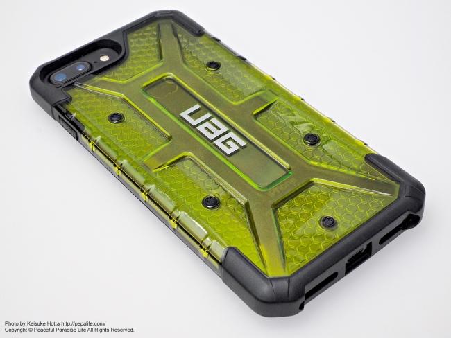 UAG PlasmaにiPhone7Plusを装着