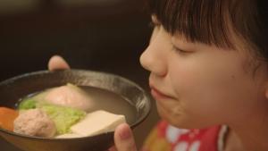 芦田愛菜/鍋キューブ 「鶏だし・うま塩」編0011