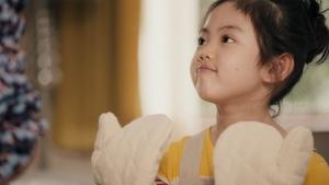 松嶋菜々子&阿由葉さら紗 大正製薬パブロンSゴールドW「二人でお菓子作り」篇0008