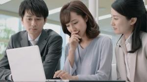 岡本玲 小林製薬 ブレスパルファム「息に自信」篇0003