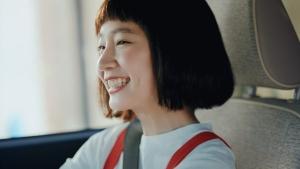 吉岡里帆 ダイハツ トコット「狭い道」篇0011