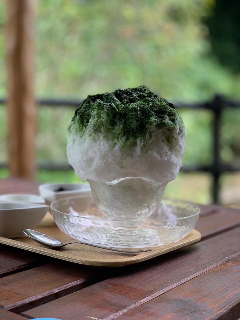 山猫 かき氷 大多喜町産無農薬黒豆抹茶ミルク
