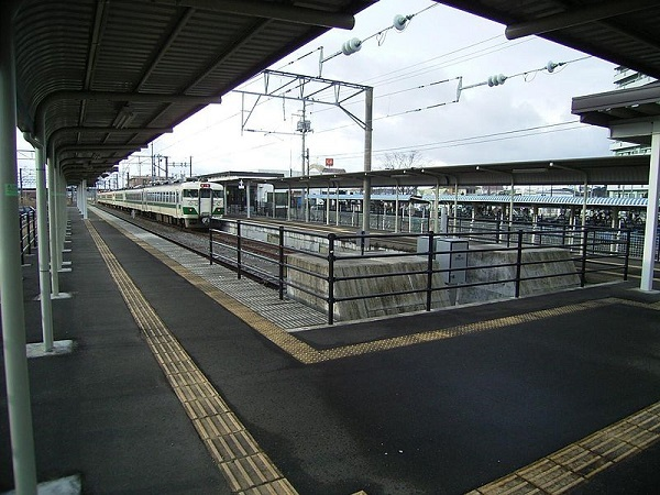 800px-Rifu-eki02.jpg