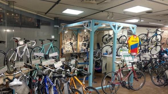 hi_bikesale11.jpg