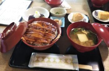 10/6 昼食 穴子丼セット  鎌倉左可井