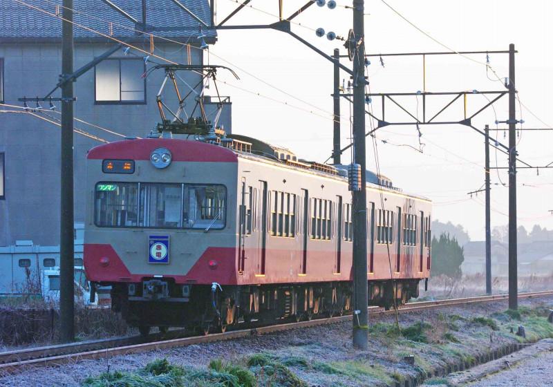 近江鉄道 万葉あかね線 平田 市辺 撮影地 赤電 820系 ゴルフ急行 西武新宿線