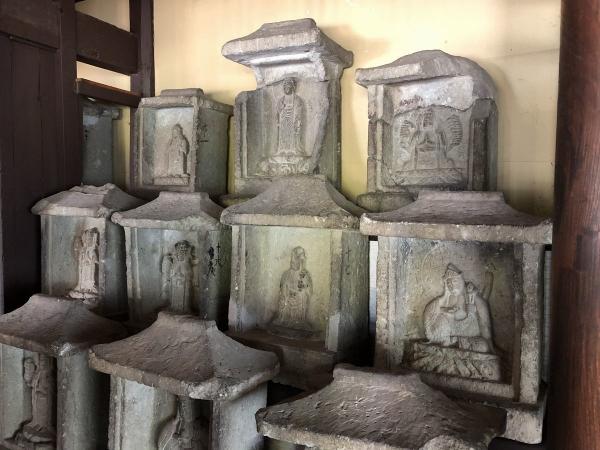 2018-08-13 中央上部が阿弥陀仏