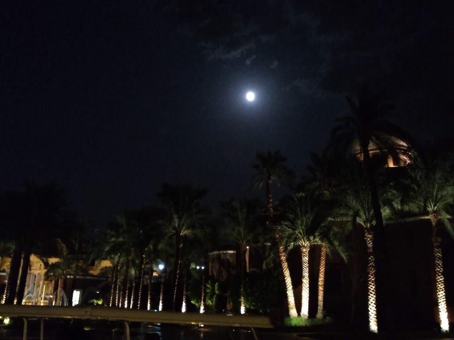 アスワンの満月