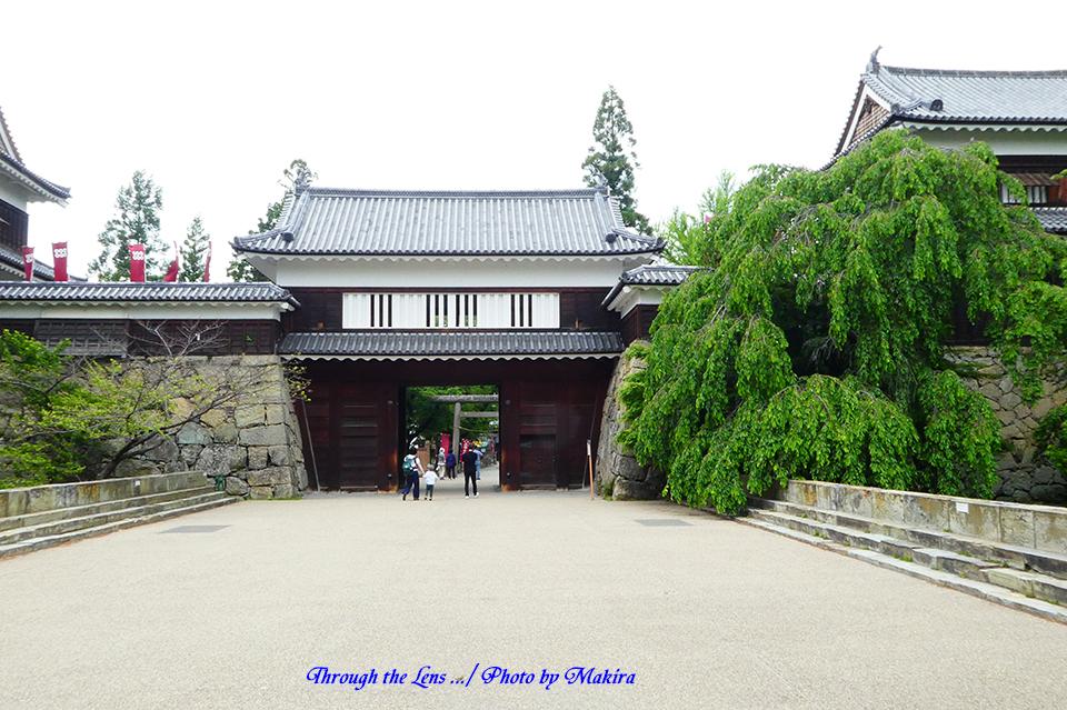 東虎口櫓門(ひがしこぐちやぐらもん)TZ2