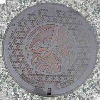 20180508_iwata_manhole_003.jpg