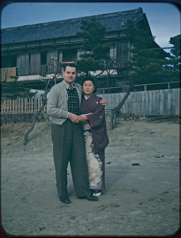 日本人女性とMosier氏~場所不詳