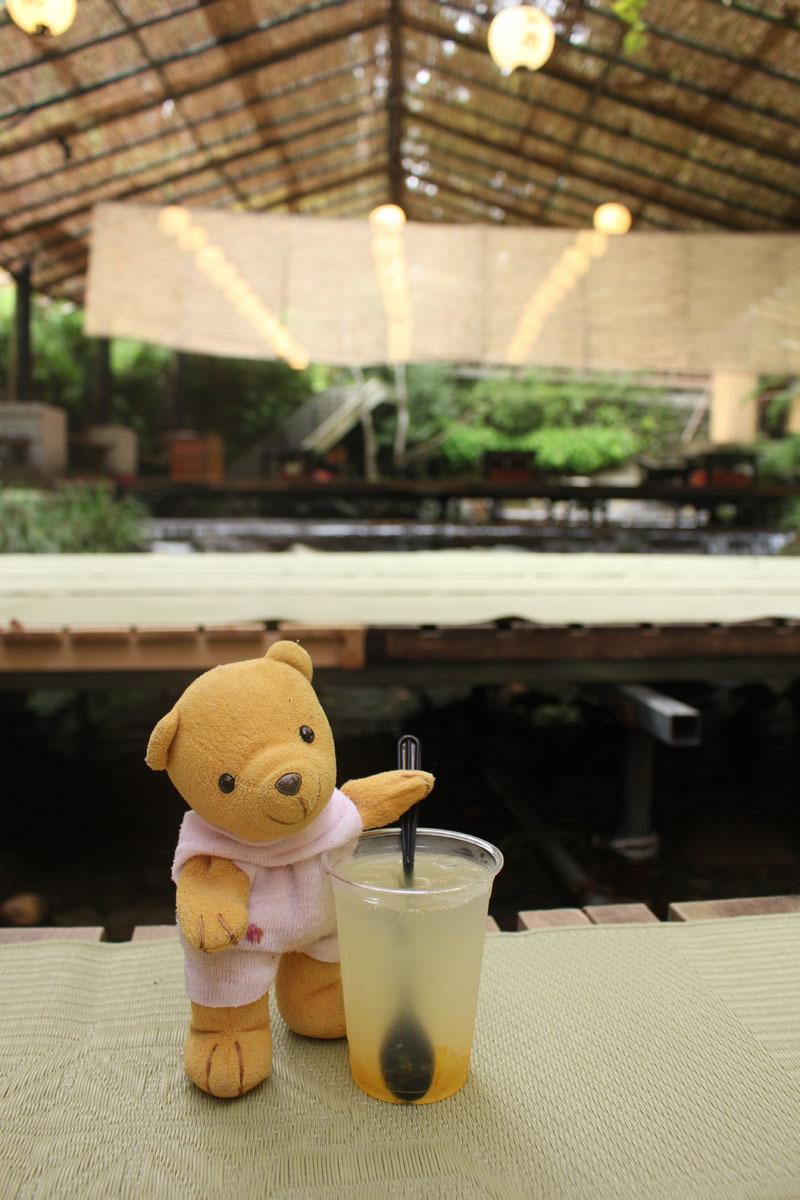 兵衛 川床カフェで ゆず茶を 180830