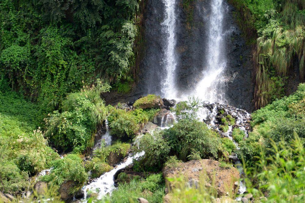 河岸段丘の滝-4