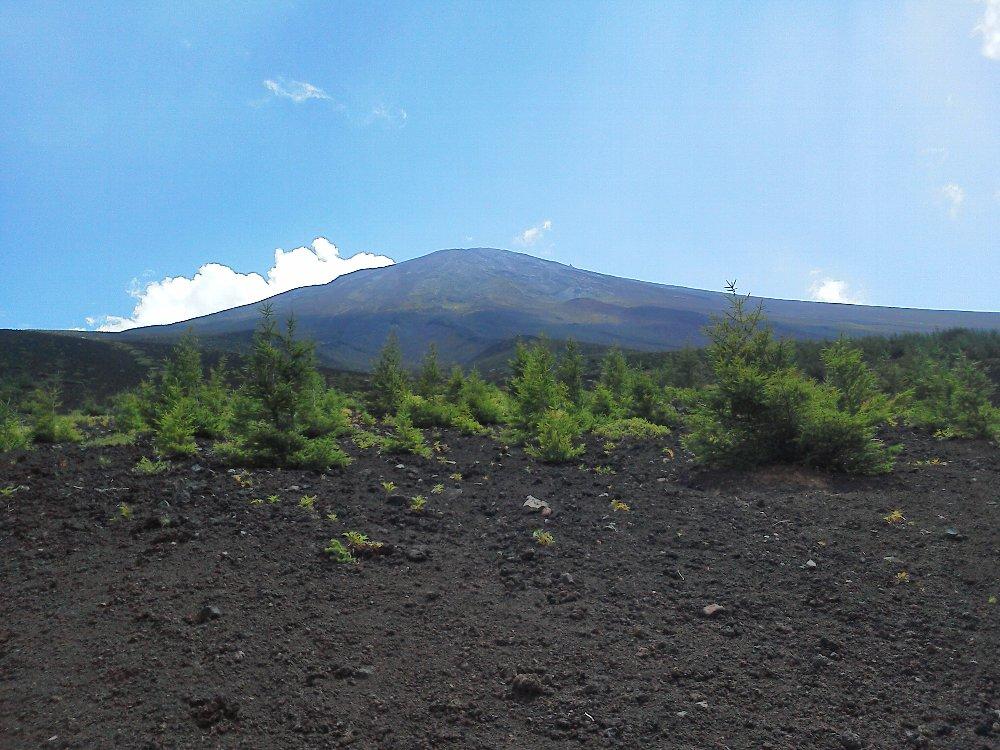 F1000235富士山御中道8月3日すっきりと 小御嶽流し付近