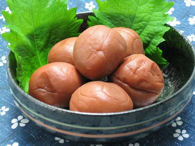 pickled-plum-410338_640.jpg