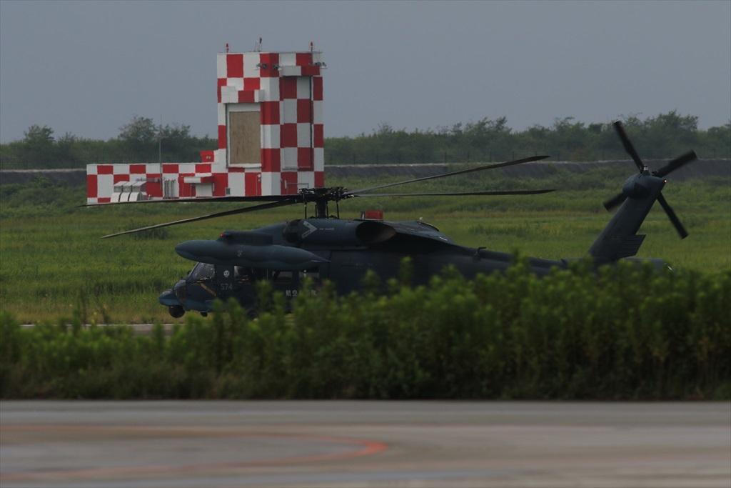 待機中のUH-60J_2