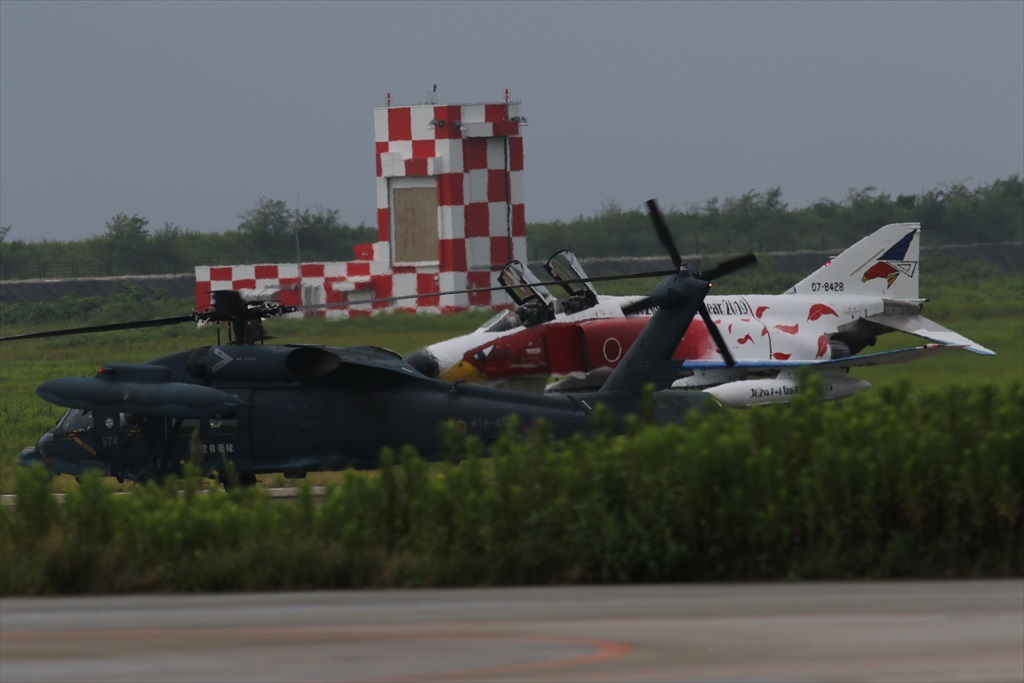 待機中のUH-60J_3