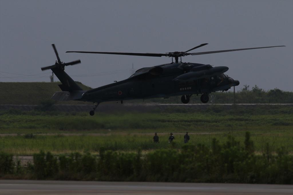 待機中のUH-60J_5