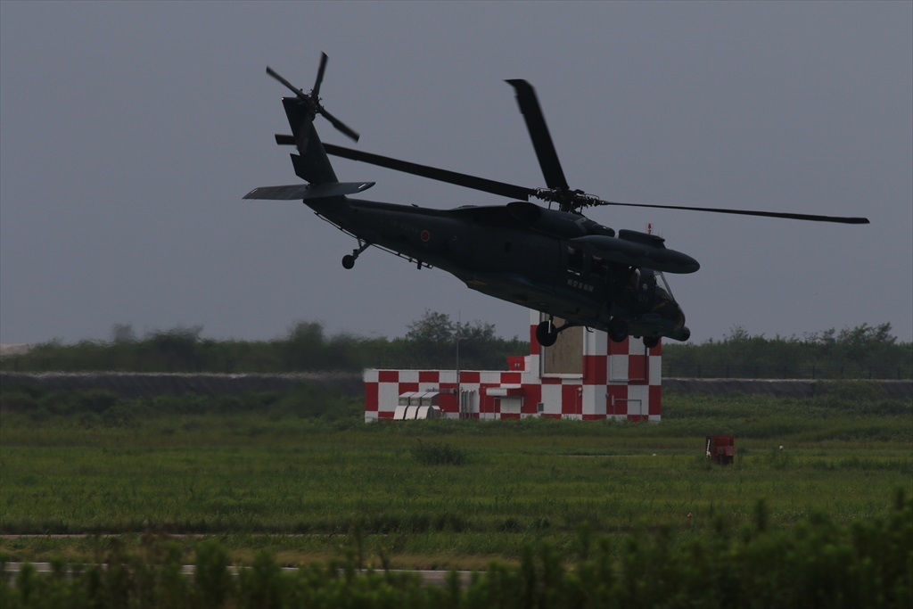待機中のUH-60J_7