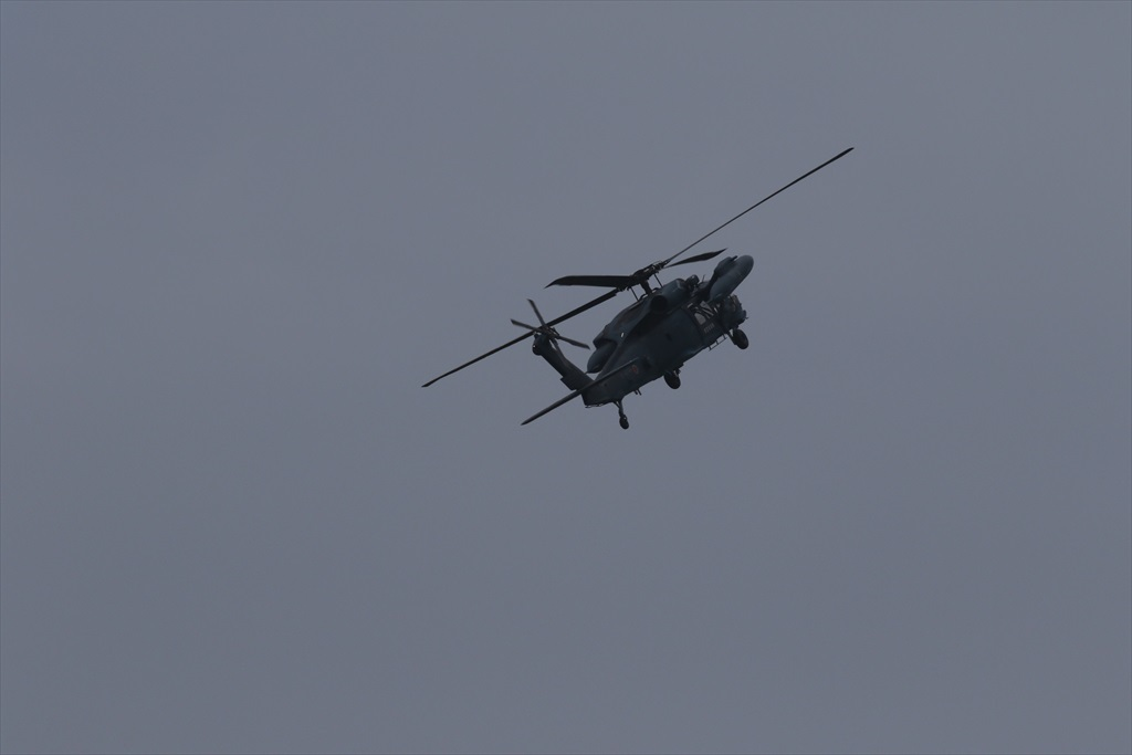 救難ヘリコプターUH-60Jの出動_6