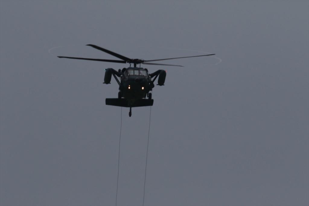 救難ヘリコプターUH-60Jの出動_9