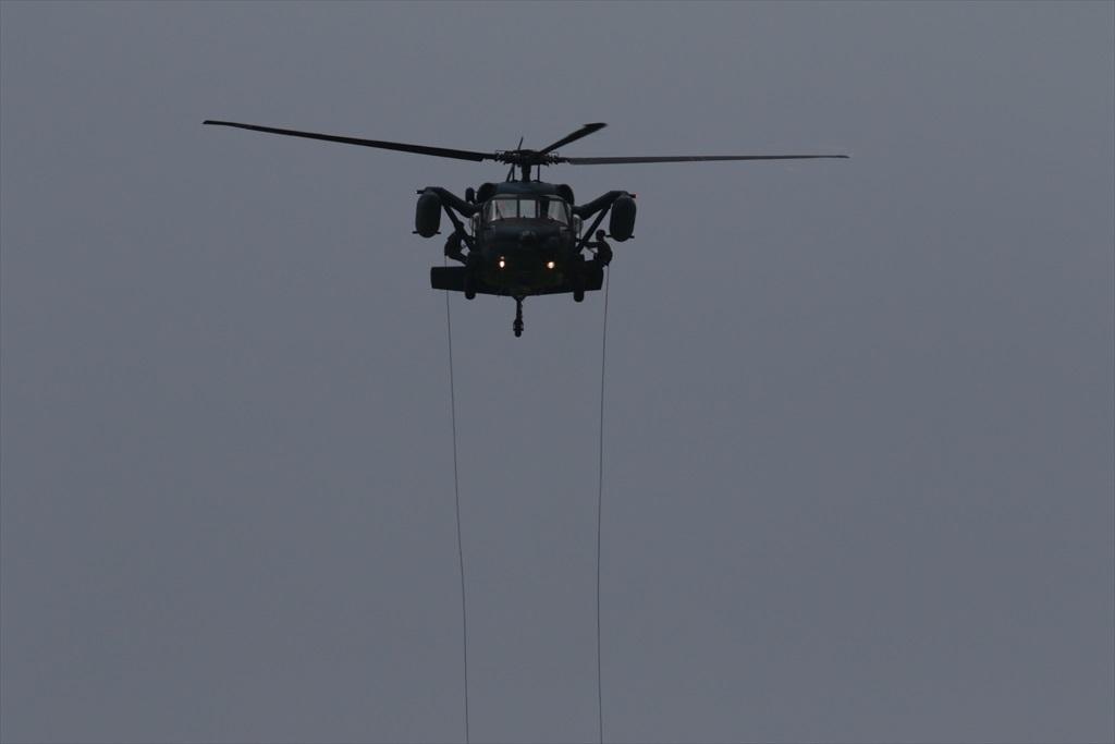 救難ヘリコプターUH-60Jの出動_10