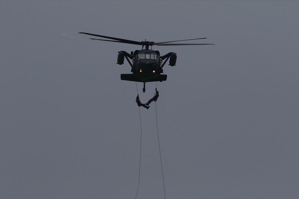 救難ヘリコプターUH-60Jの出動_12