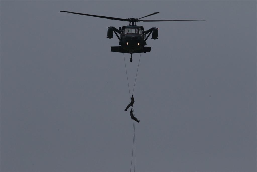 救難ヘリコプターUH-60Jの出動_14