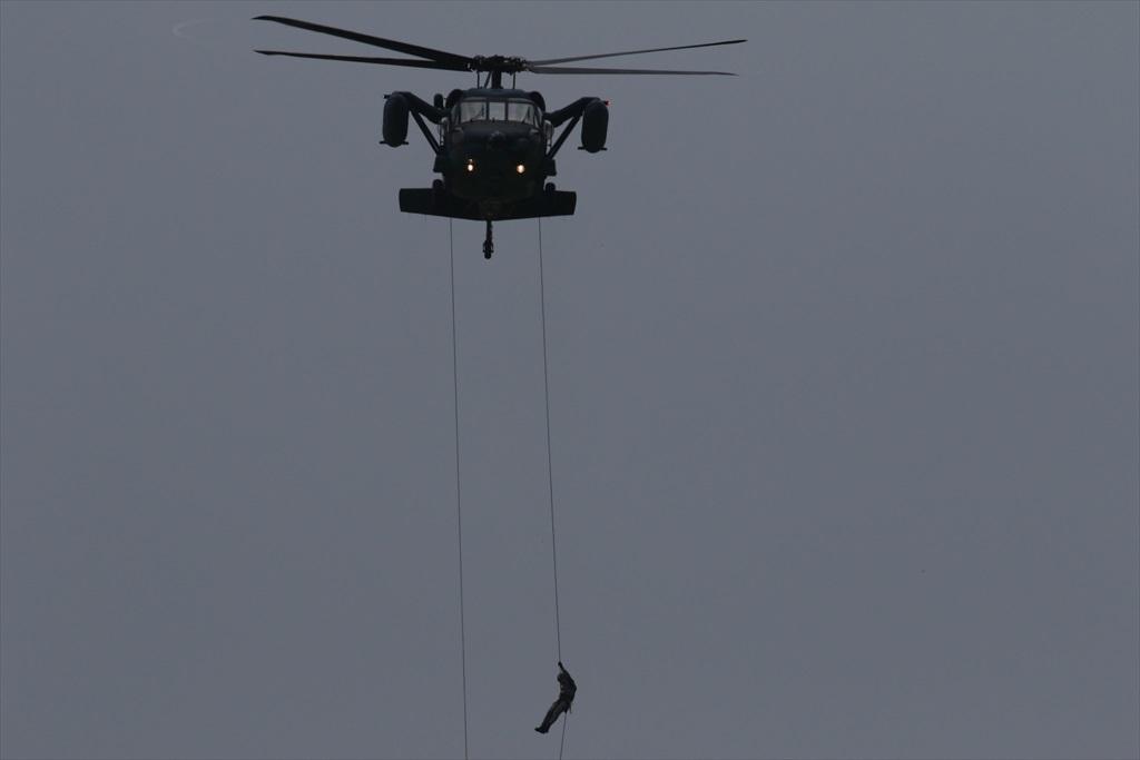 救難ヘリコプターUH-60Jの出動_15