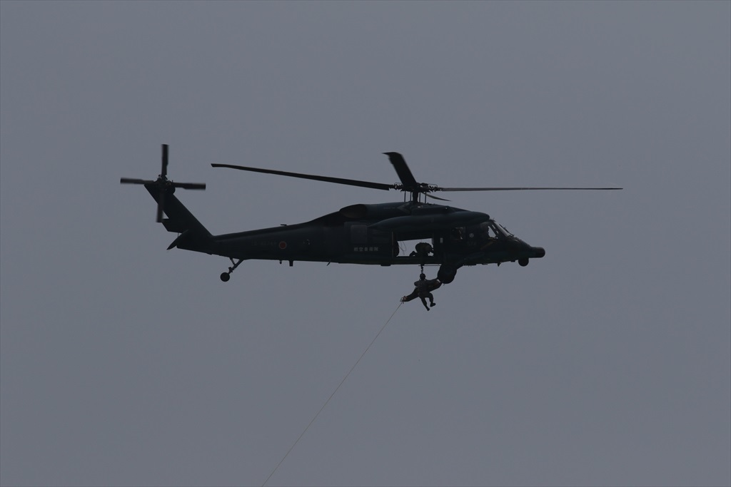 救難ヘリコプターUH-60Jの出動_23