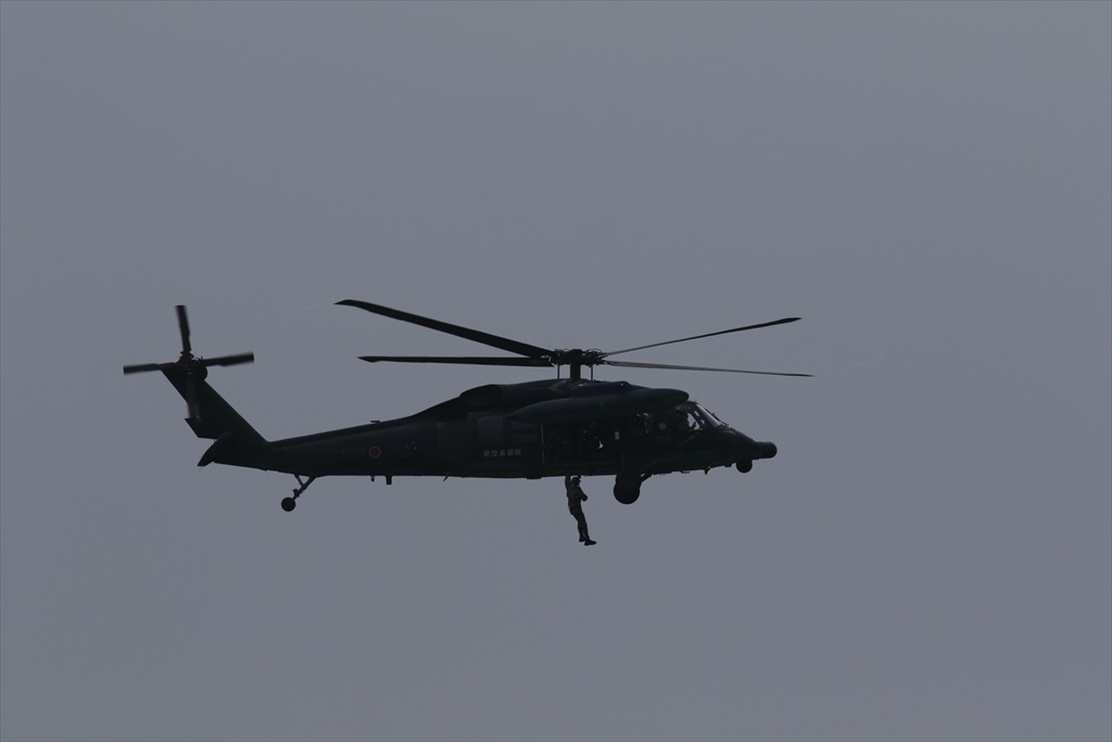 救難ヘリコプターUH-60Jの出動_32