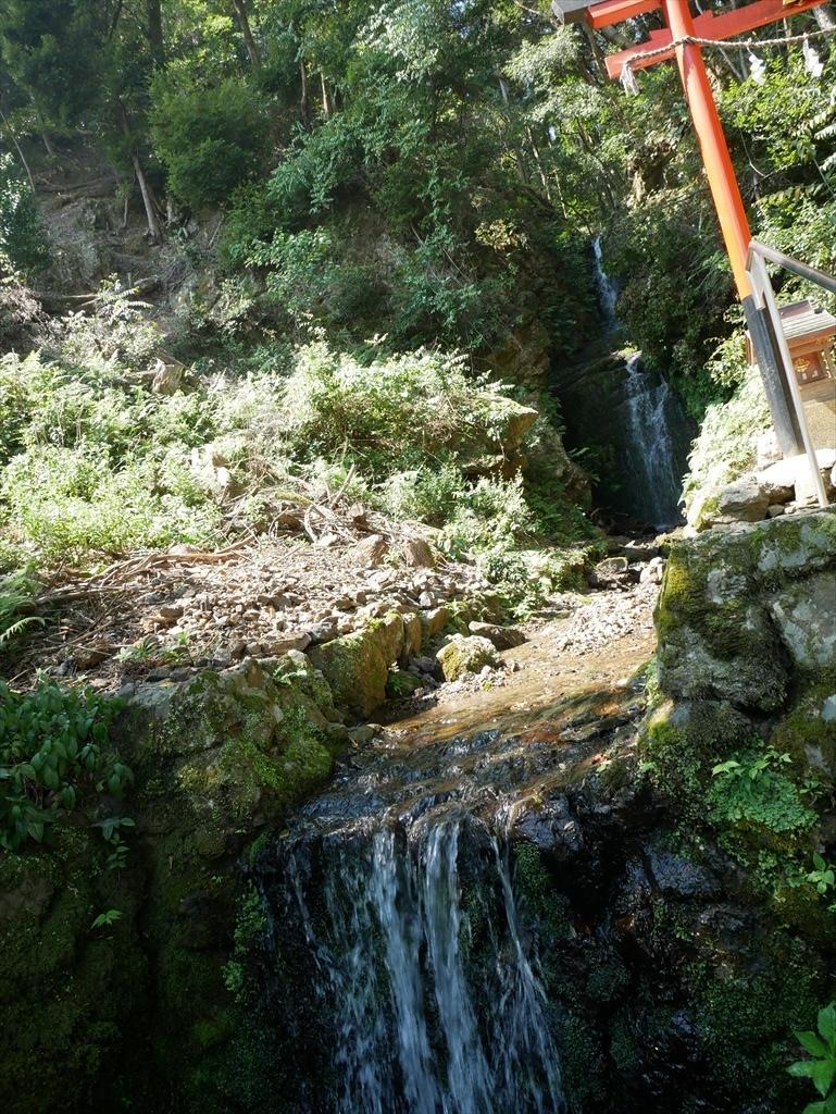 霊亀の滝_3