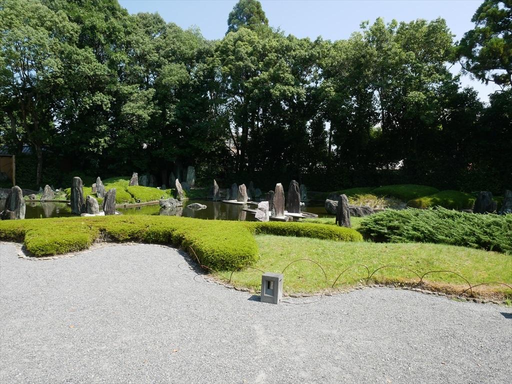 蓬莱(ほうらい)の庭_1