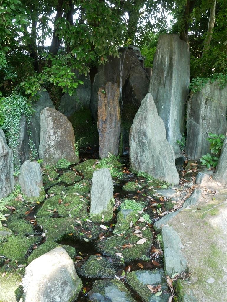 蓬莱(ほうらい)の庭_11