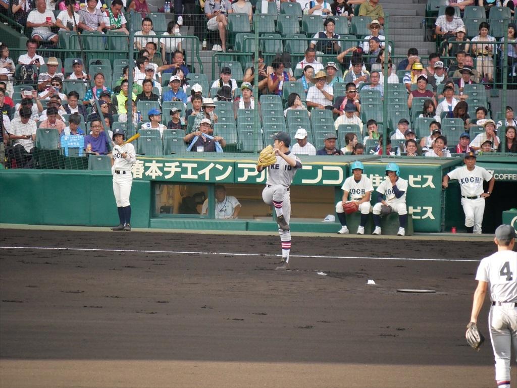 先発した生井君の投球フォーム_3