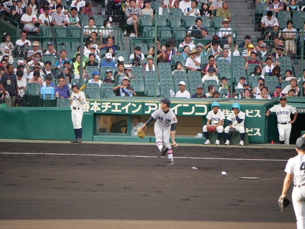 先発した生井君の投球フォーム_6