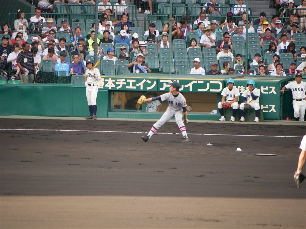 先発した生井君の投球フォーム_7
