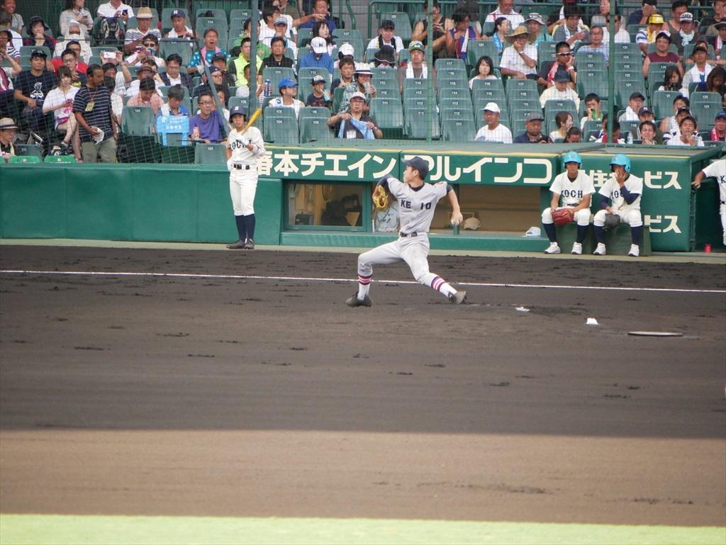 先発した生井君の投球フォーム_8