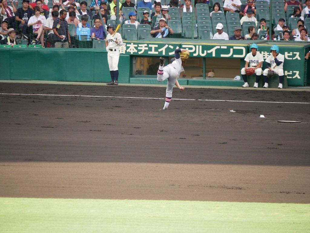 先発した生井君の投球フォーム_11
