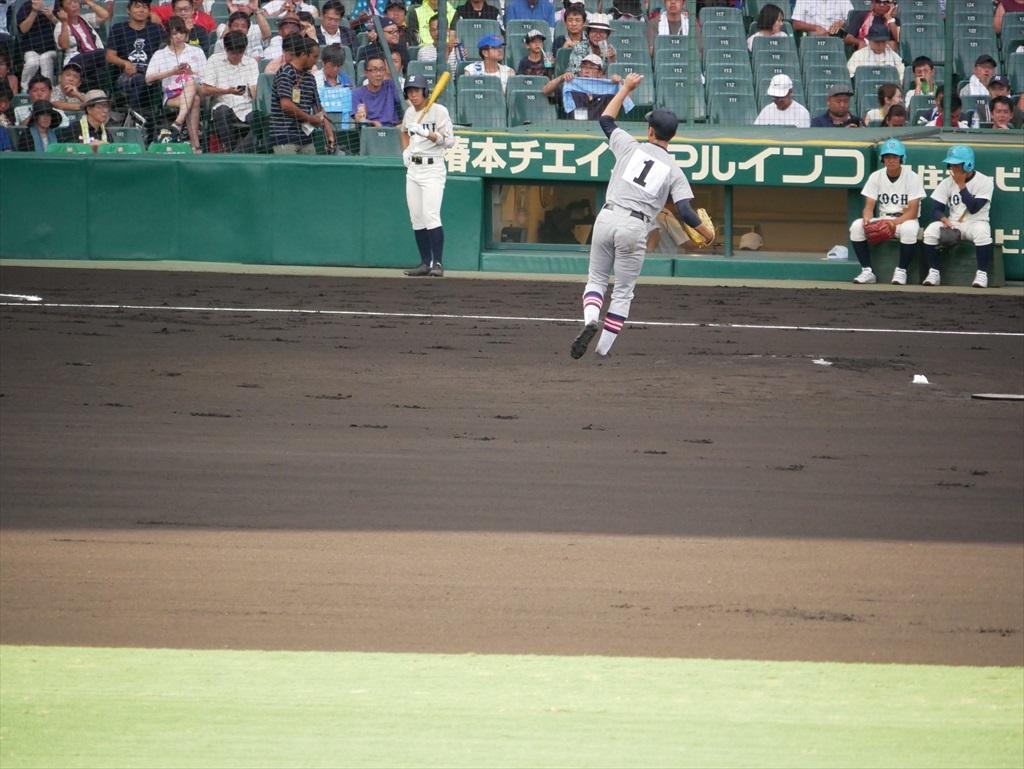 先発した生井君の投球フォーム_15
