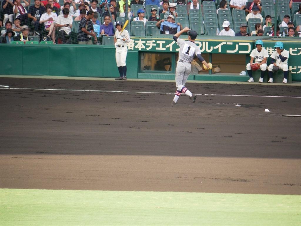 先発した生井君の投球フォーム_16