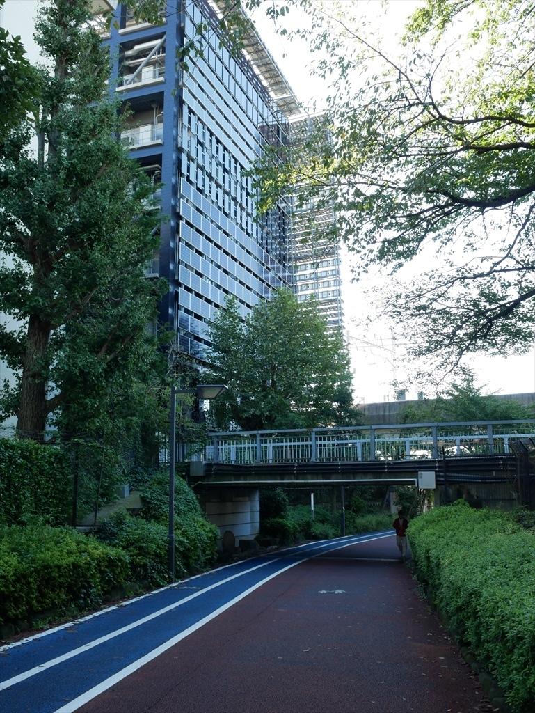 東京工業大学の校舎が近くに見えてきた_3