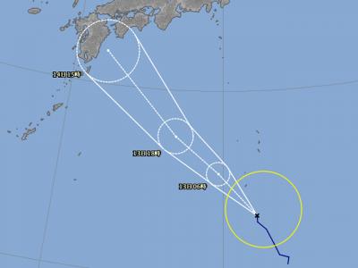台風15号進路図(8月12日18時)