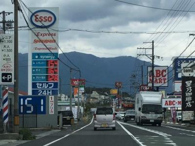 レギュラーガソリン154円/L 西近江路沿い大津市真野のセルフGSで(18/10/02)