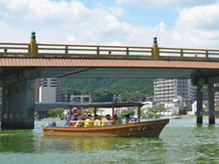 瀬田川で運行再開した遊覧船