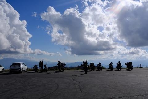 20霧ヶ峰のバイク