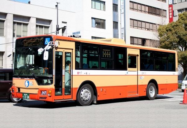 姫路200か1334 6483