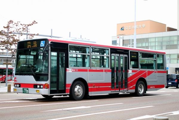 石川200か・799 111