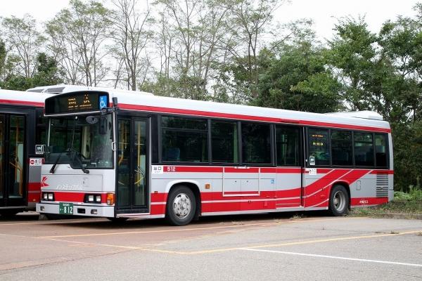 石川200か・812 512